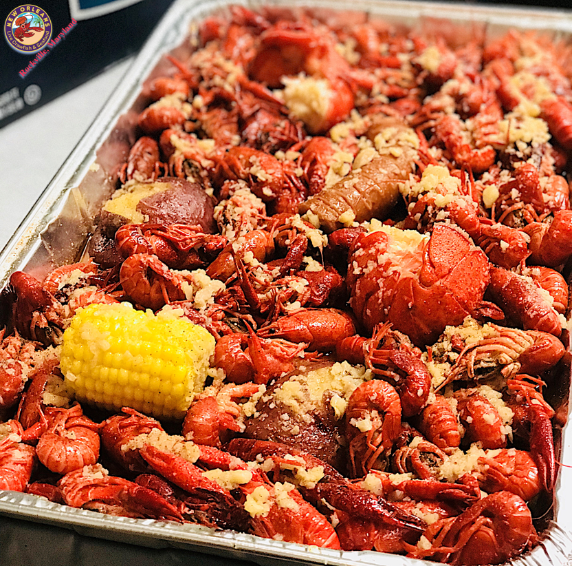 LIVE CRAWFISH & SEAFOOD